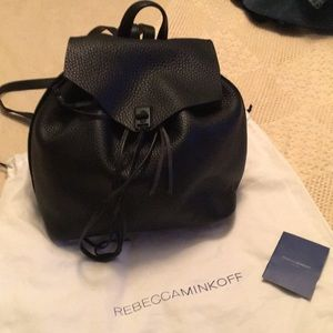 leather black Dillon , unlined , with side pocket